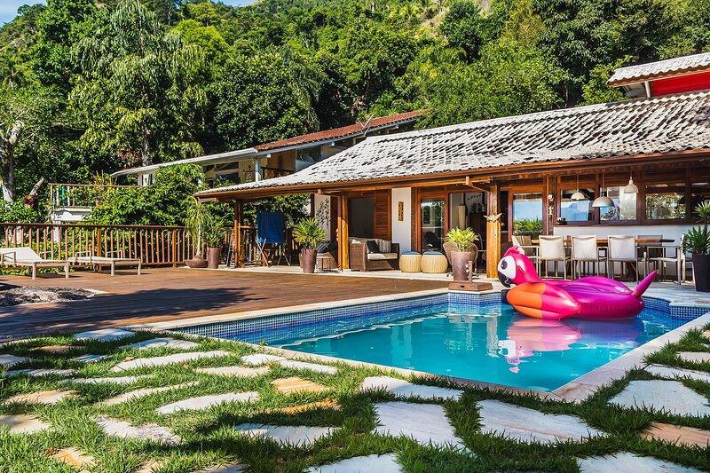 Casa Serena - Deck e vista para o mar em Ilhabela, alquiler vacacional en Ilhabela