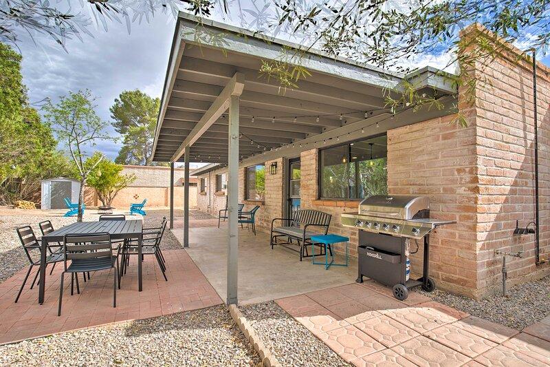 NEW! Quiet Desert Gem: 5 Mi to Saguaro Nat'l Park!, holiday rental in Tucson