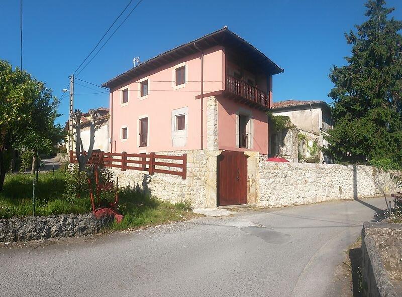 La Curuxa, vivienda vacacional en Vidiago, holiday rental in Buelna