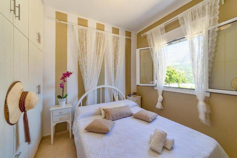 Emmanouela Sea View Triopetra, vacation rental in Triopetra