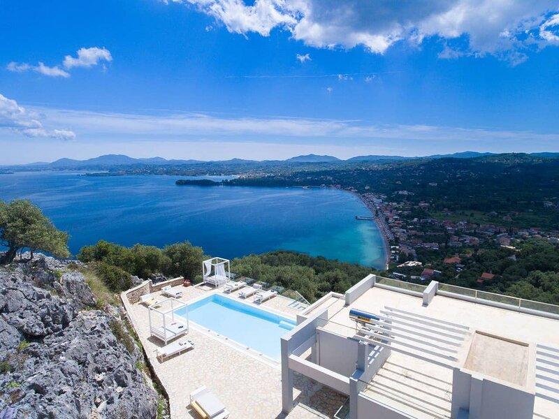 Villa Monika by MonikaExperiences, holiday rental in Agios Markos