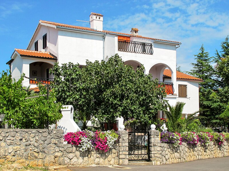 Dilly (KRK118), vacation rental in Njivice