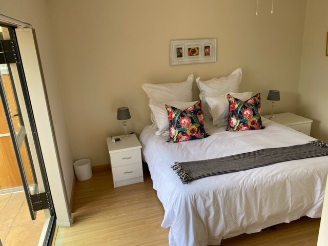 At home on Azalea, holiday rental in Durbanville