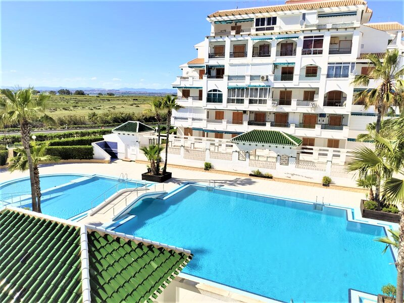 Holiday apartment for rent in Spain, La Mata torrevieja - 4 min walk to beach, holiday rental in La Mata