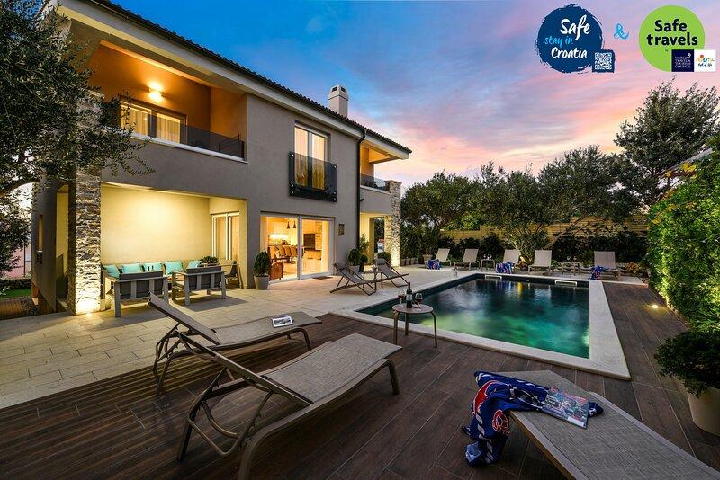 Luxury Villa Goga in Novalja *****, casa vacanza a Novaglia