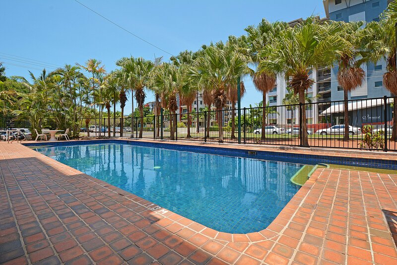 Peninsular Apartments Darwin, vacation rental in Darwin