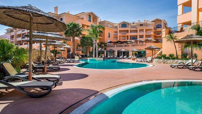 Praia da Luz Estrela Three bedroom all day sunny apartment, aluguéis de temporada em Luz