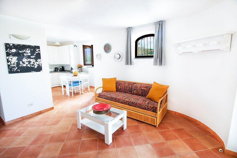 VILLA TITINA: 'Il Nido' appartamento Deluxe con terrazza privata vista mare., location de vacances à Forio