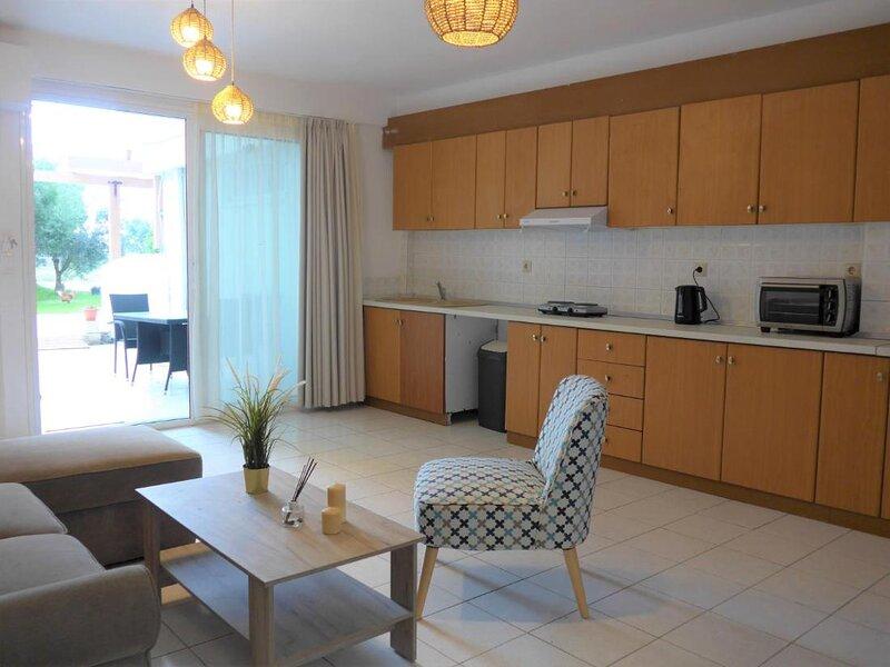 Kalamaki Plaza Apartments elia, aluguéis de temporada em Kalamaki
