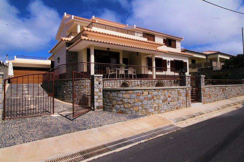 Paradise Beach Apartment, casa vacanza a Isola di Porto Santo