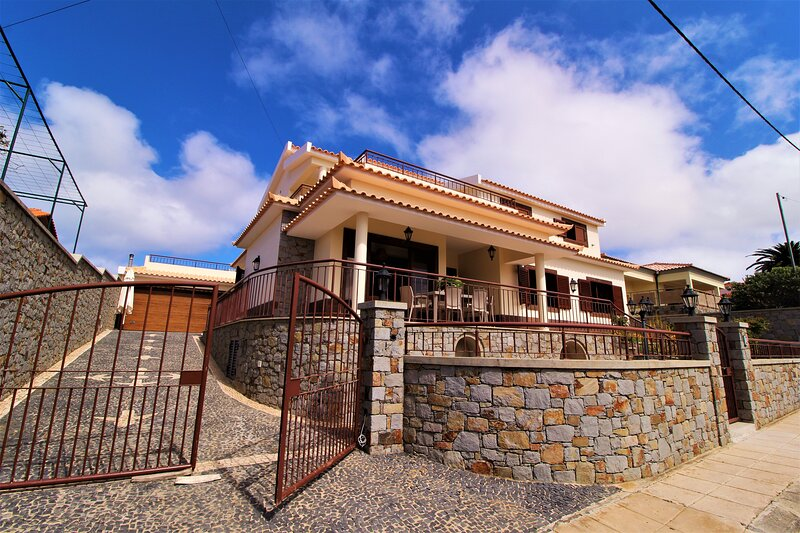 Paradise Beach Apartment T5, casa vacanza a Isola di Porto Santo