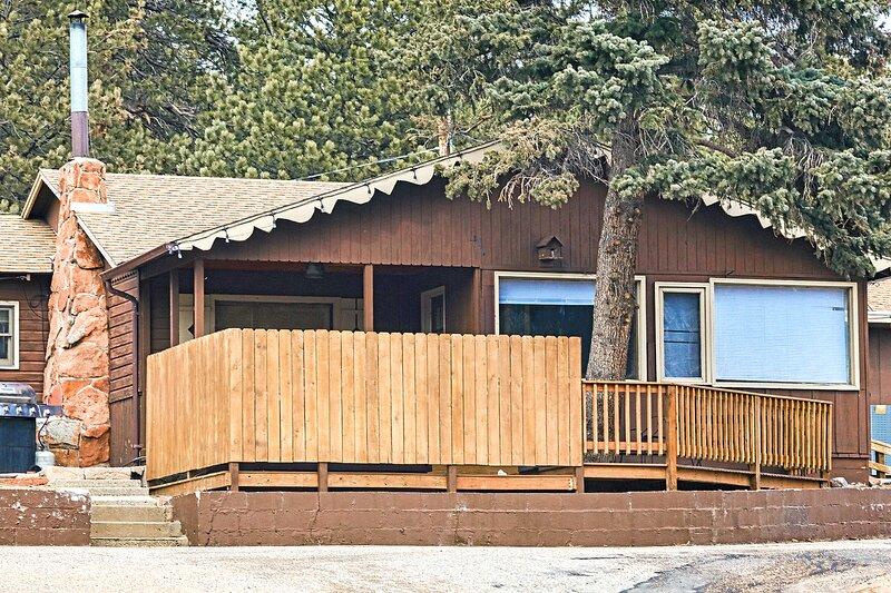 Lazy R Cottages: 9, aluguéis de temporada em Estes Park
