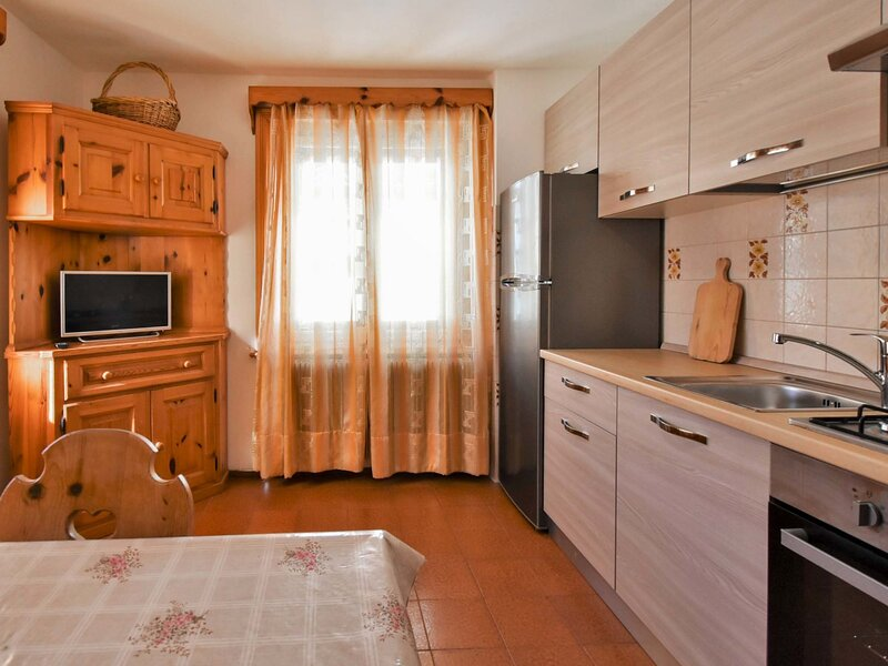 Confortina (LII150), vacation rental in Teola
