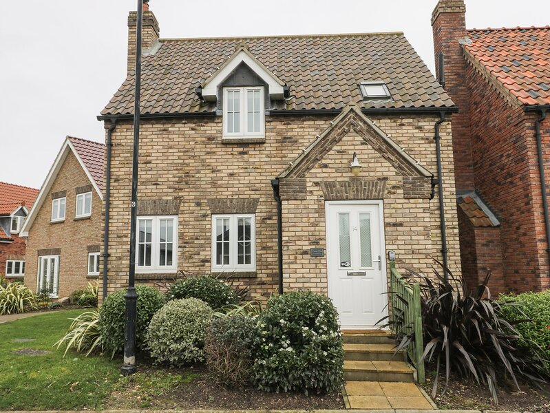 Causeway Cottage, Filey, holiday rental in Reighton