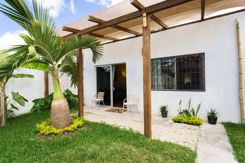 Casa Las Palmas Mahahual, holiday rental in Mahahual