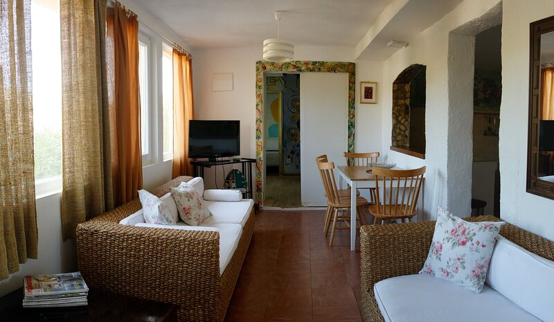 Apartment SAFIRA, Estate under the Paintbrush, Rukavac, Vis Island, alquiler vacacional en Island of Vis