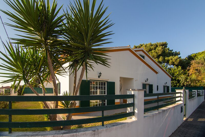 The Sweet Dreams Holiday House, location de vacances à Quinta Do Conde