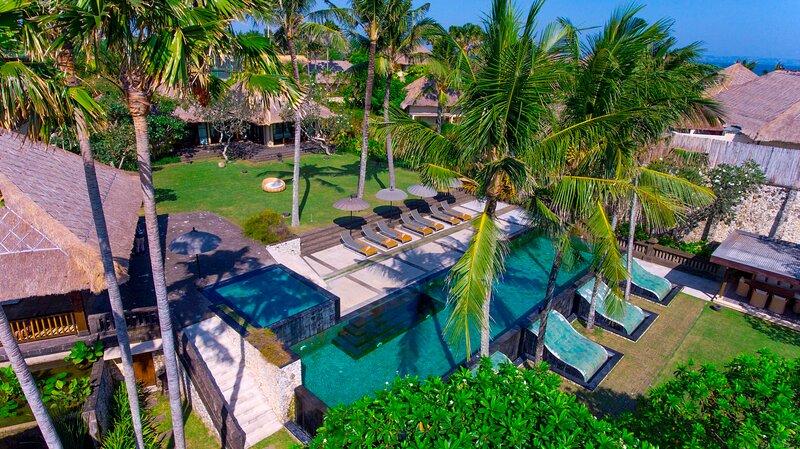 5-Bedroom 5.5-Bathroom Villa in Canggu, Bali - Sleeps 10 adults, 2 children