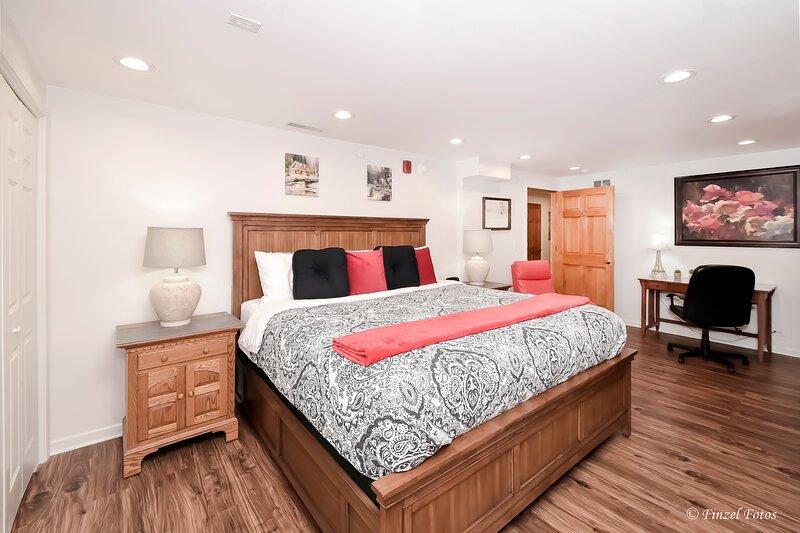 Harmony Inn Huntley Illinois private rooms, alquiler de vacaciones en South Elgin