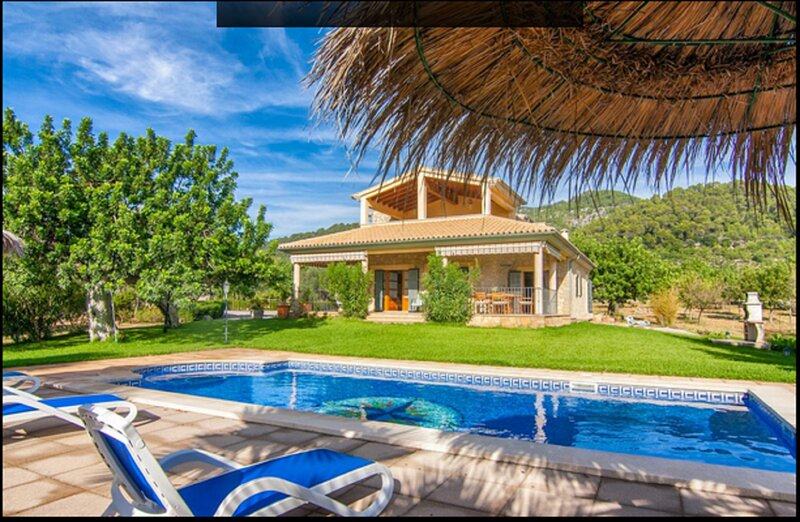 Villa Cas Mestre en entorno rural con piscina privada, vacation rental in Selva