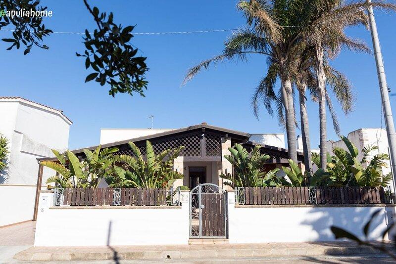 Villa Geraldina con piscina, holiday rental in Torre Suda