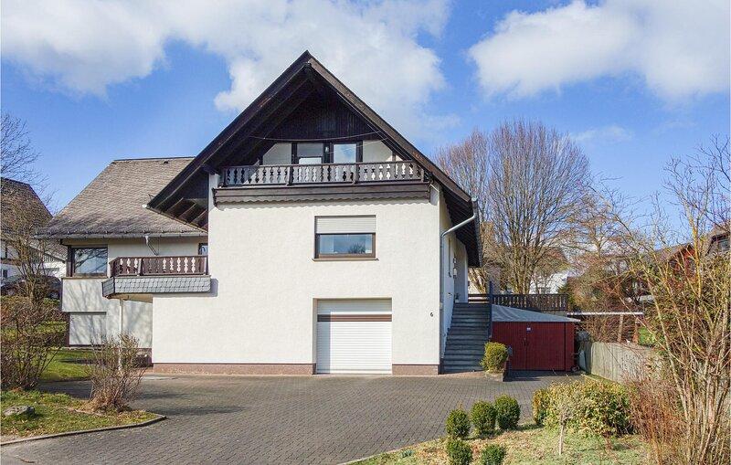 Stunning apartment in Attendorn with WiFi and 1 Bedrooms (DNW177), alquiler de vacaciones en Olpe