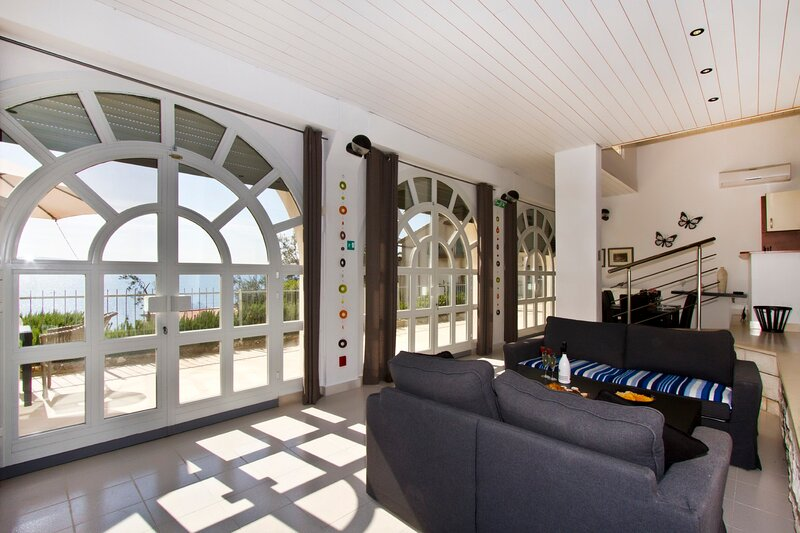Luxury apt w. 3 bedrooms, big terrace & sea view, holiday rental in Stanici