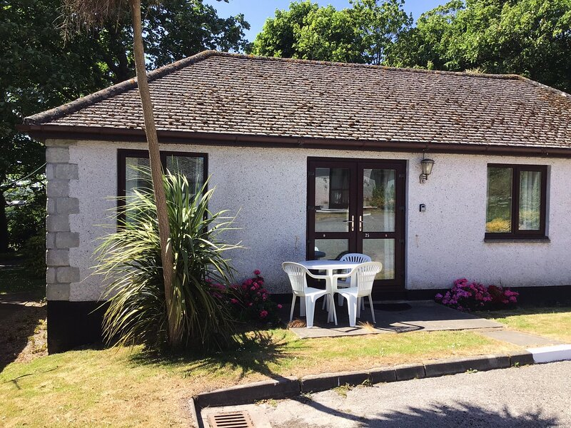 Homely bungalow 15 minutes from St Ives, vacation rental in Ludgvan