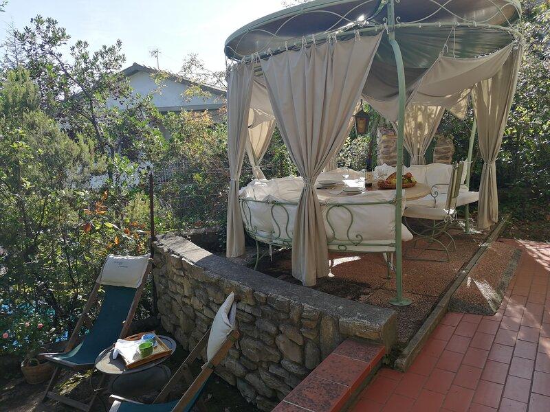 ITA1304 STAR by Holiday World, holiday rental in Sassetta