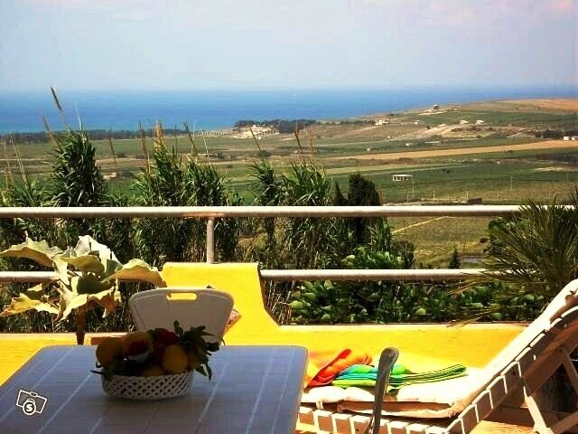 Amazing house with sea view & Wifi, vacation rental in Maragani