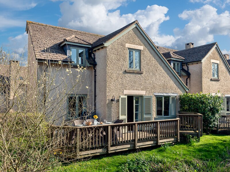 The Mallards, Cotswold Water Park, vacation rental in Kemble