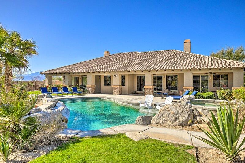 NEW! Elegant Palm Springs Villa w/ Pool & Hot Tub!, holiday rental in Thousand Palms