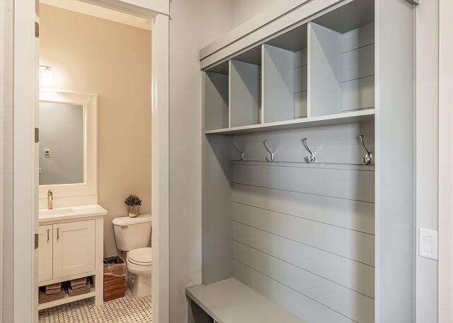 Mud Room & 1/2 Bathroom