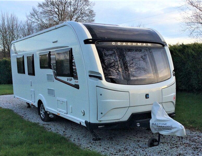 Coachman Caravan - Luxury Caravan (4 Berth), alquiler de vacaciones en Merleac