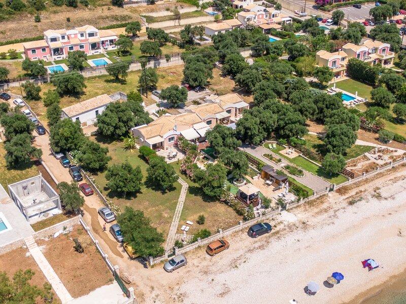 Barbati Beach Holiday Apartment, vacation rental in Barbati