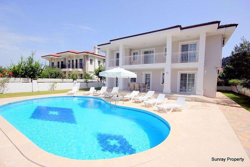 Villa Jasmin Luxury Private with swimming pool, aluguéis de temporada em Dalyan