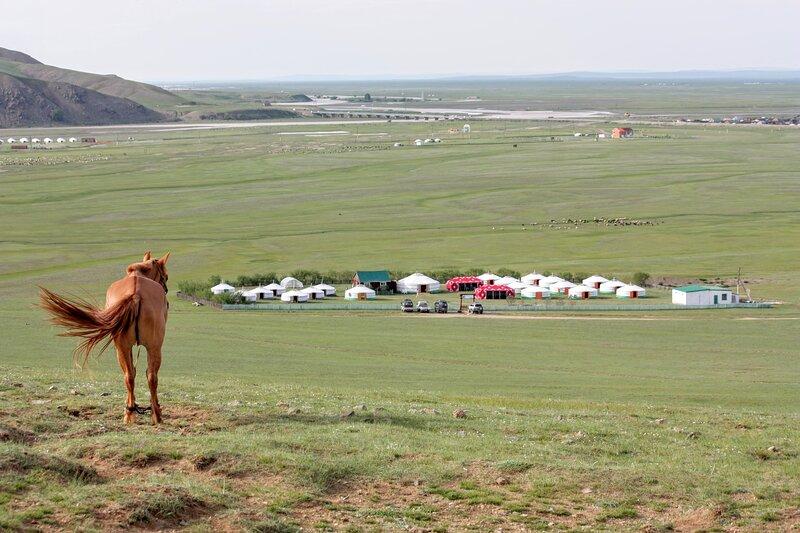 ANJA yourtes Ecologiques à Kharkhorin Mongolie, holiday rental in Kharkhorin