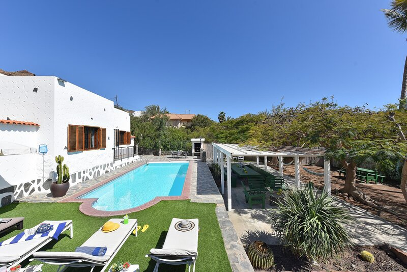 Villa Cayetana Tauro, holiday rental in Platero