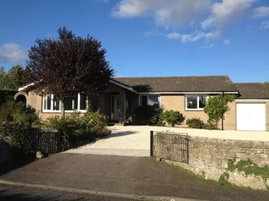 Light and Spacious Holiday Home with Extensive Gardens, holiday rental in Longhoughton