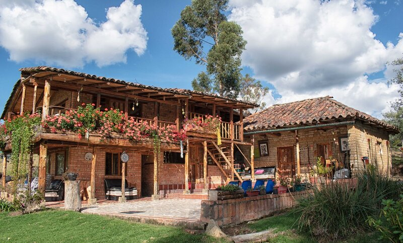 Gran casa cerca a las termales de Aguas Calientes, casa vacanza a Tocancipa