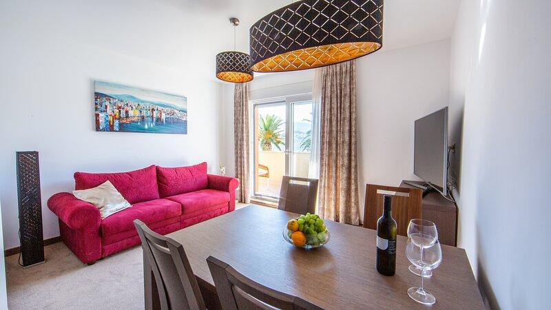 Apartments and rooms Toni, holiday rental in Stobrec