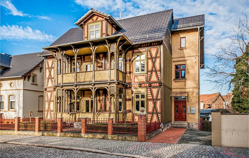 Stunning apartment in Quedlinburg OT Gernrod with WiFi and 1 Bedrooms (DAN200), holiday rental in Harzgerode