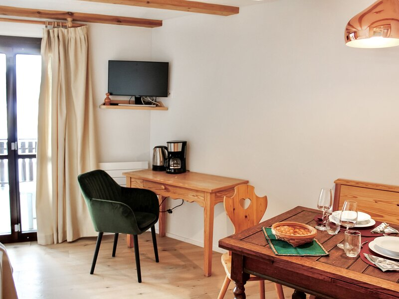 58-4, holiday rental in Surlej