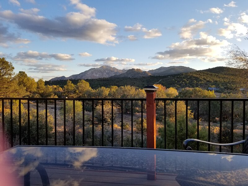 Williamson Valley Hilltop Haven, holiday rental in Chino Valley