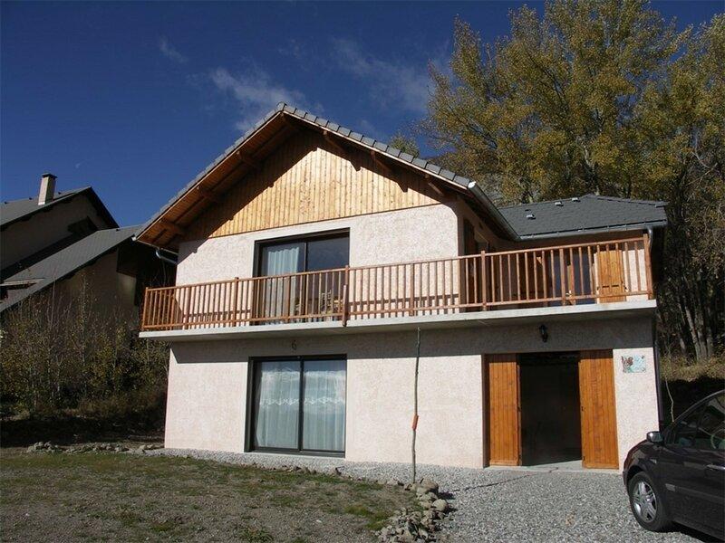 CHALET 7 pl 7 couchages ST MICHEL DE CHAILLOL, vacation rental in Saint-Bonnet en Champsaur