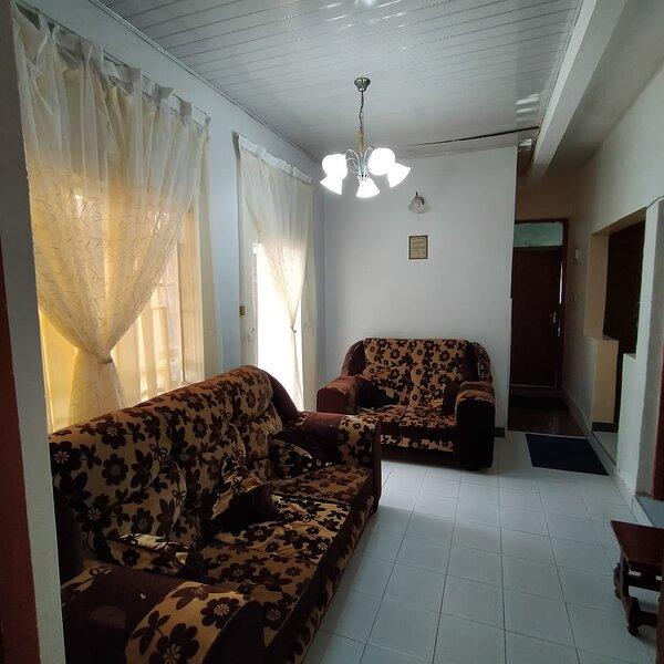 Two bedroom both ensuite, London Near Milimani, alquiler de vacaciones en Lake Elementaita