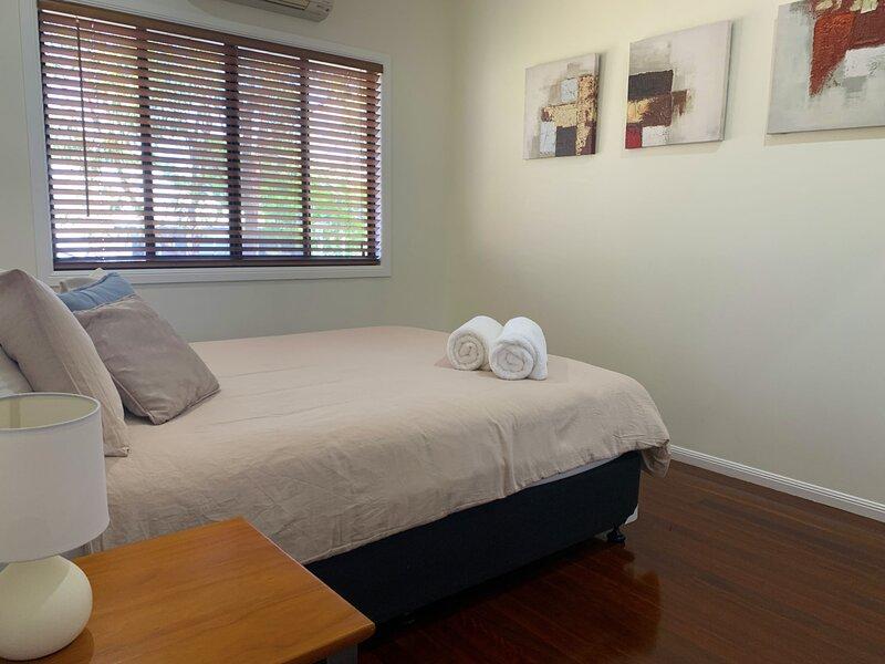 Hydeaway Retreat Beach House - Hydeaway Bay, holiday rental in Bowen