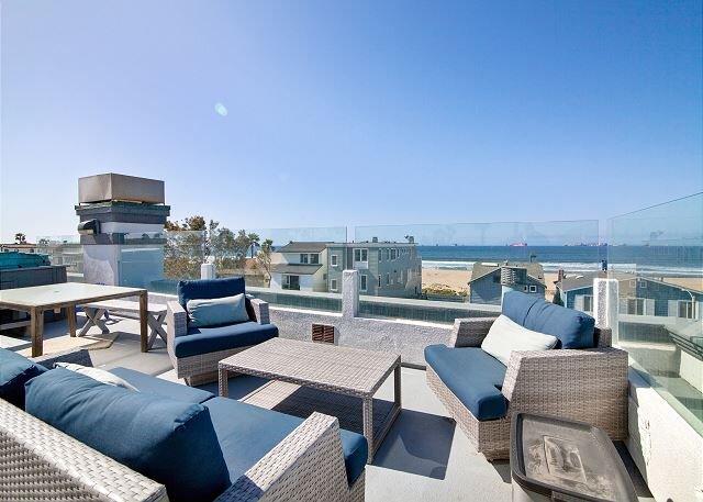 Sunset Beach Ohana Home, Amazing Views & Location, vacation rental in Seal Beach