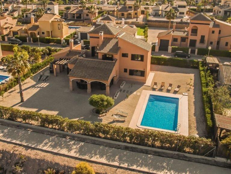 Four bedroom four bathroom Villa, vacation rental in Murcia
