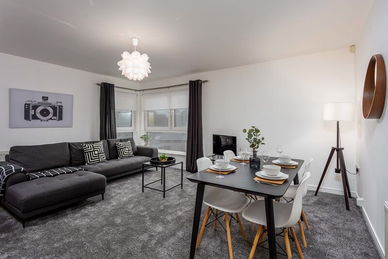 Walker Suite No73 - Donnini Apartments, holiday rental in Irvine